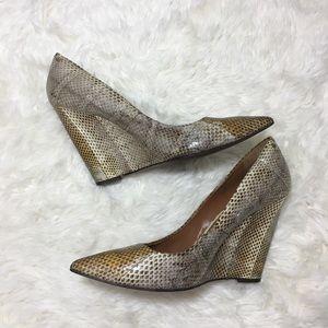 Rachel Roy snakeskin wedge pointed toe high heels